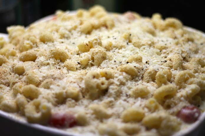 mac and cheese add cheese and breadcrumbs